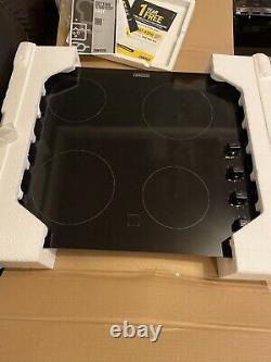 Brand New Black Ceramic Zanussi 4 Ring Hob Z6114iok