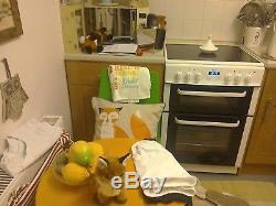 Bush BLC60DBL Free Standing 22L Electric Cooker Ceramic Hob White aa bargain buy
