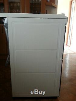 Zanussi Electric cooker ZCV46330WA Free Standing 55cm ceramic hob