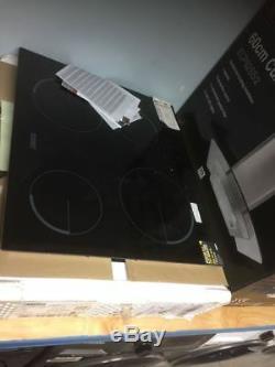Zanussi ZEV6240FBA 59cm Ceramic Hob with 4 Hob Zones in Black